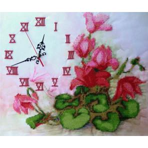 Часы с цикламенами Набор для вышивки бисером часов FeDi