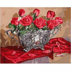 Алые розы на шелковой скатерти Раскраска картина по номерам на холсте