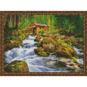Дом у лесного водопада Алмазная вышивка мозаика на подрамнике EQ10352