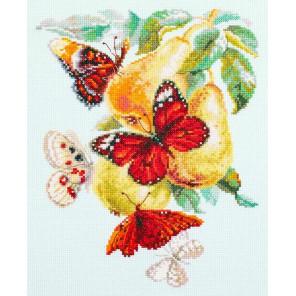 Бабочки на груше Набор для вышивания Чудесная игла 130-051