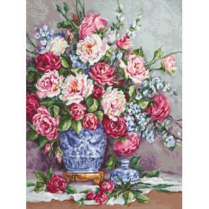 Её Величество - роза Набор для вышивания LUCA-S B605
