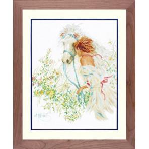 Horse And Flowers Набор для вышивания LanArte PN-0007952