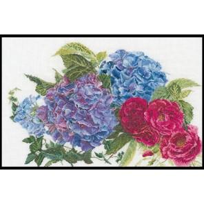 Гортензии и розы Набор для вышивания Thea Gouverneur 442