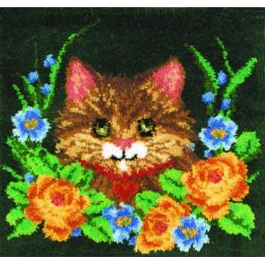 Котёнок в цветах Набор для вышивания коврика MCG TEXTILES