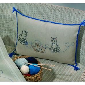 Кошки Набор для вышивания подушки PERMIN
