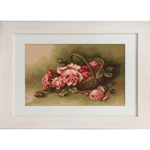 Корзина с розами Набор для вышивания LUCA-S