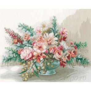 Bouquet of flowers Набор для вышивания LanArte PN-0169794